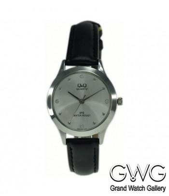 Q&Q QZ05J301Y женские кварцевые часы